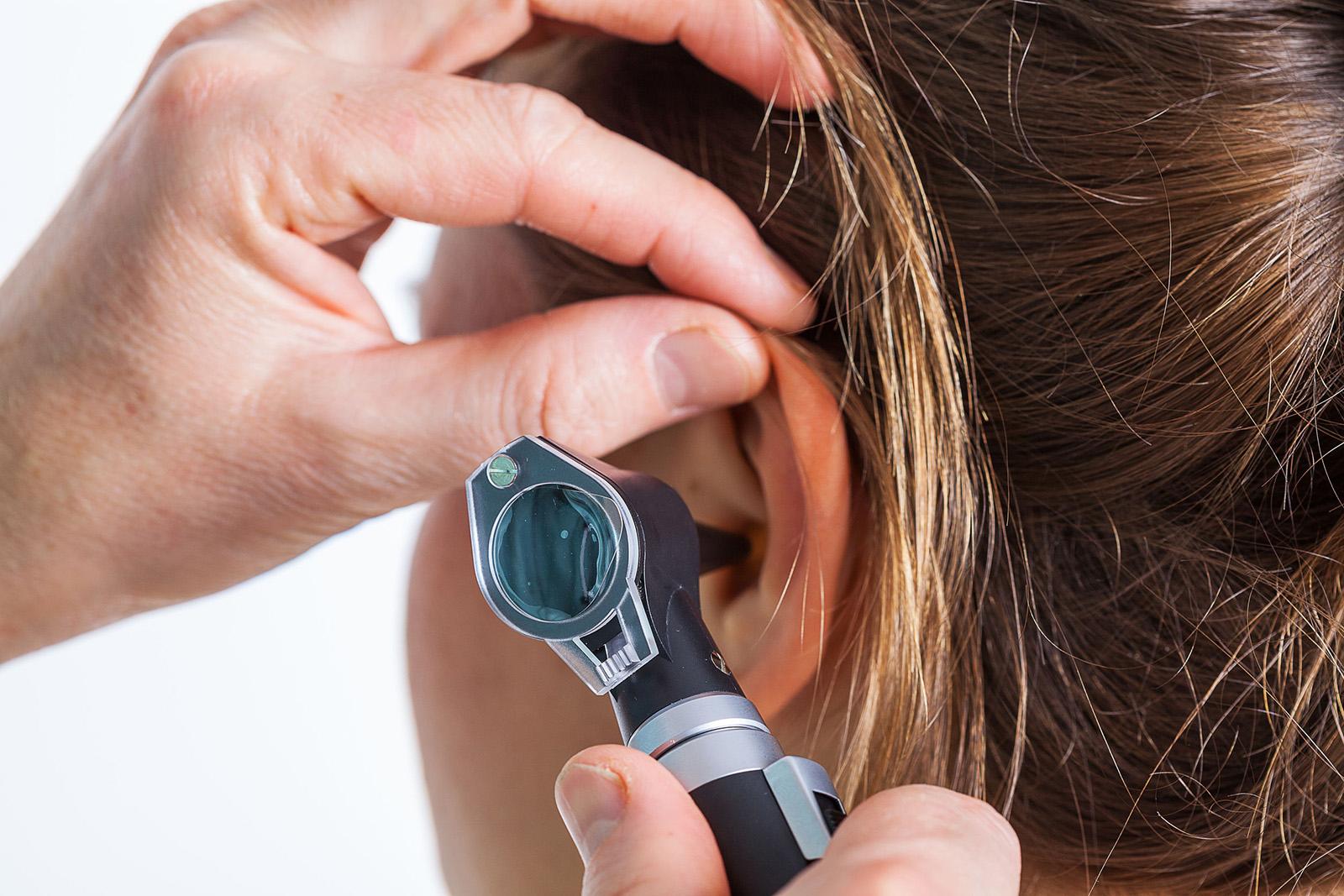pikkelysömör kezelése a fülekben)