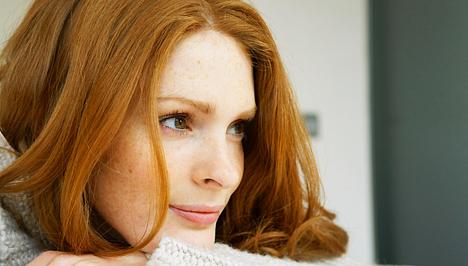 mosás után az arc vörös foltokkal borul és lehámlik)