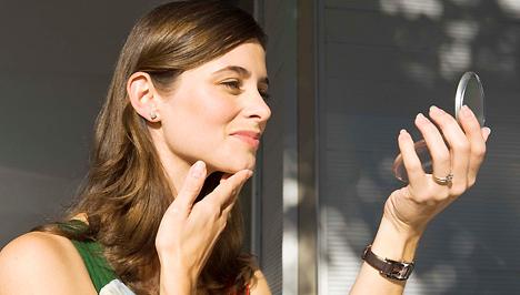 Vérösszetétel az arcon, és hogyan lehet megszabadulni tőle