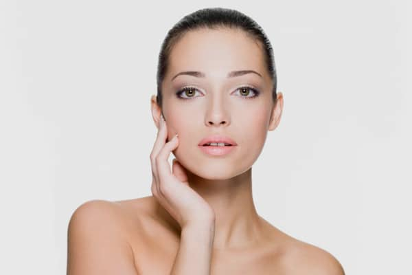 hogyan kezeljük az arcbőr pikkelysömörét