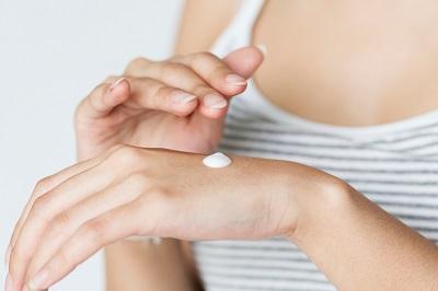 ecetsav alapú pikkelysömör kezelése